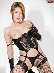 Rui is a hot newhalf who is new to Shemale Japan. She has a beautiful body with all the curves in the right place and lovely round breasts. She looks